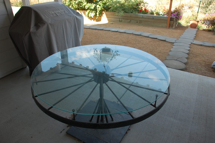 Wagon Wheel Table, Grill
